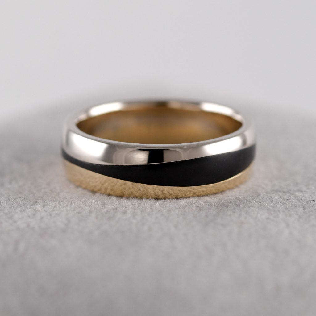 Custom_mens_wedding_ring_carbon_fibre_white_gold_yellow_gold