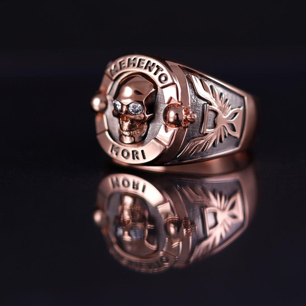 Custom_memento_mori_signet_mens_ring_rose_gold